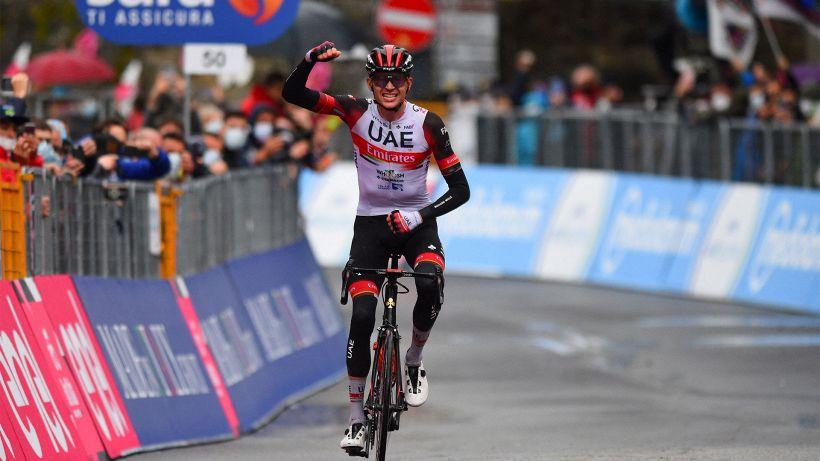 Giro d'Italia, 4a tappa a Joe Dombrowski! De Marchi maglia Rosa