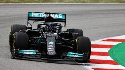 F1, trionfa Hamilton su Verstappen. Bene la Ferrari di Leclerc