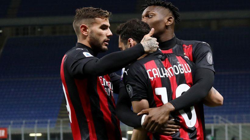 Milan-Benevento 2-0: Calhanoglu-Theo, il Diavolo torna a vincere. Le pagelle