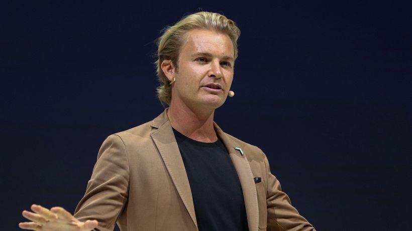 F1, Rosberg attacca Verstappen e applaude Hamilton