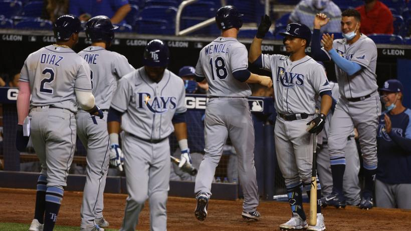 MLB: decima vittoria di fila per Tampa
