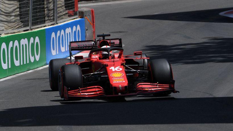 F1, prime libere Baku: le Ferrari braccano Max Verstappen