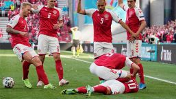 Euro 2020, malore in campo per Christian Eriksen: è grave