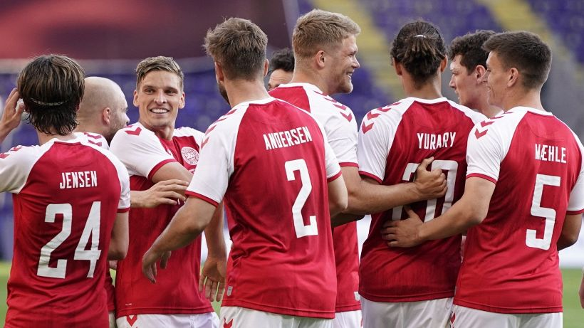 La Danimarca regola la Bosnia con due gol