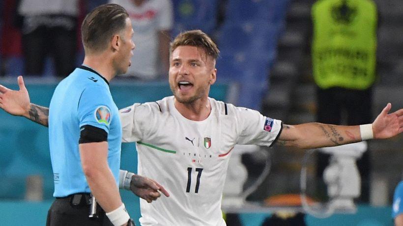 Euro 2020, la moviola di Turchia-Italia: furia Azzurri contro l'arbitro
