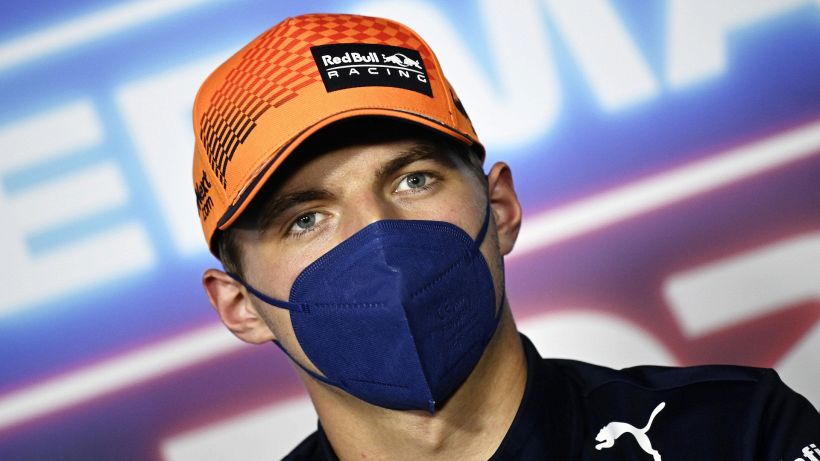 """Verstappen: """"Sensazione bizzarra alla guida"""""""