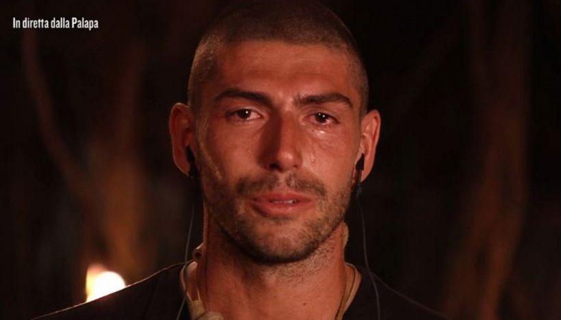 """Isola, Moser in lacrime per il padre Francesco: """"Il mio esempio"""""""