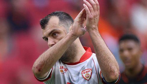 L'addio di Pandev alla Macedonia: emozioni e standing ovation