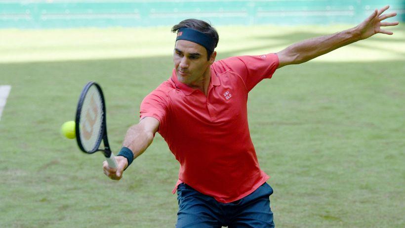 A Halle Federer passa a fatica il primo turno