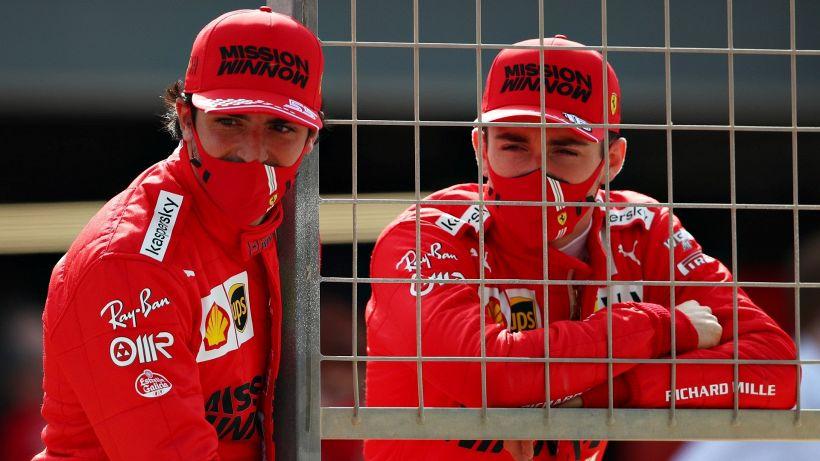 "F1, Ferrari: Leclerc e Sainz preoccupati: ""C'è un grosso problema"""