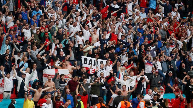 Euro 2020, l'Inghilterra gioca in Italia: scoppia il caso tifosi