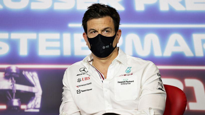 F1, il secondo sedile Mercedes è un rebus: la risposta di Toto Wolff