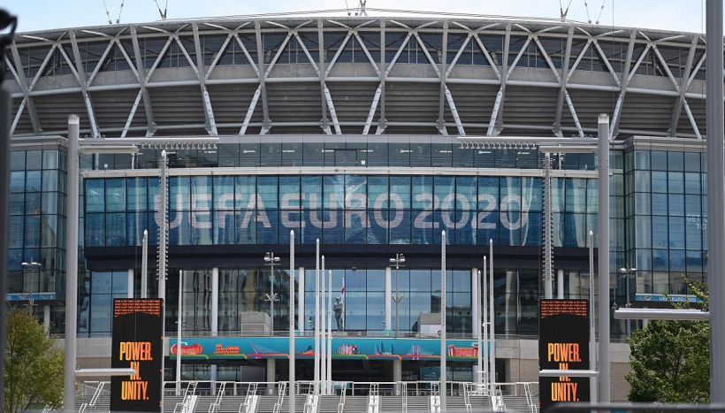 Italiani esclusi dalle Final four di Euro 2020, tifosi contro l'Uefa