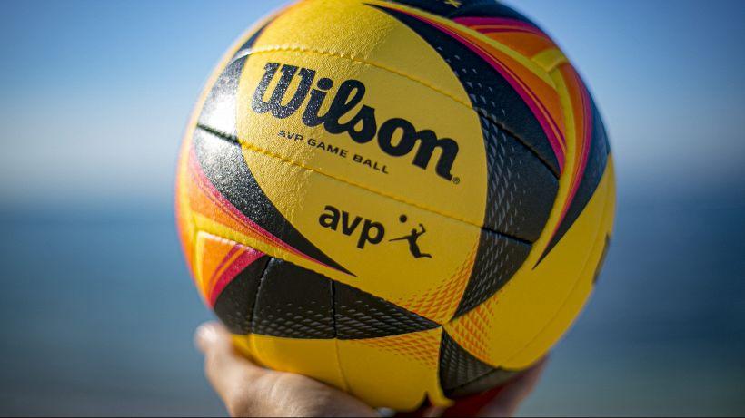 Beach volley, nuova stagione al via con il super pallone Wilson