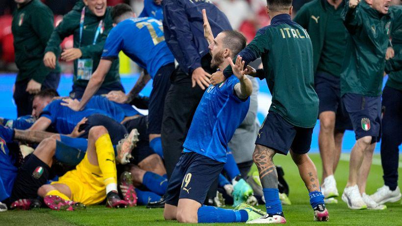 Tifosi inglesi, il gesto antisportivo che era sfuggito a tutti
