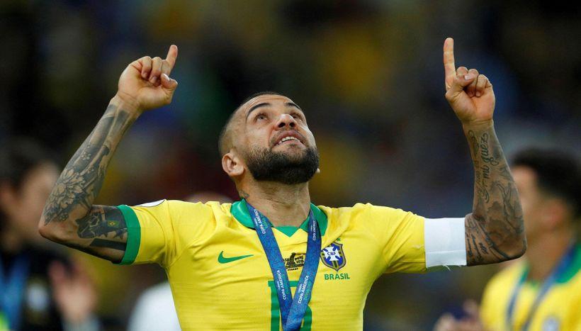 Dani Alves alla prima Olimpiade con il Brasile a 38 anni