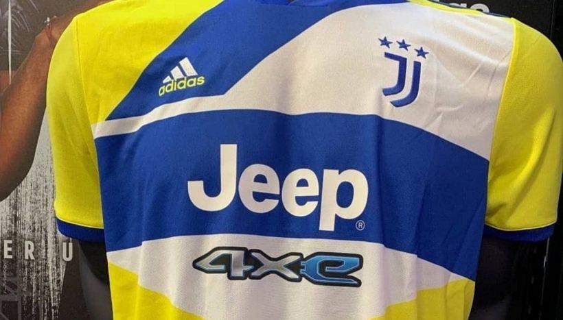 Juve, sul web le foto della maglia che indigna i tifosi