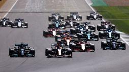F1, Gp Inghilterra: contatto con Hamilton al via, Verstappen subito fuori