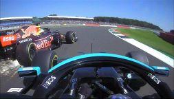 Silverstone: contatto Lewis-Max divide, Leclerc mette tutti d'accordo