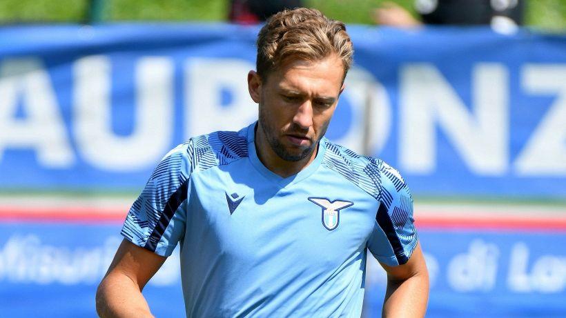 Lazio, Lucas Leiva allontana l'addio