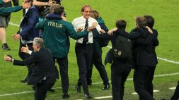 Mancini e Vialli, rivincita a Wembley: abbraccio e commozione