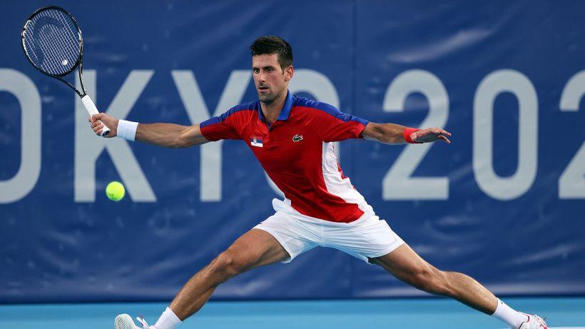 Tokyo 2020: Novak Djokovic continua la sua corsa, fuori Stefanos Tsitsipas