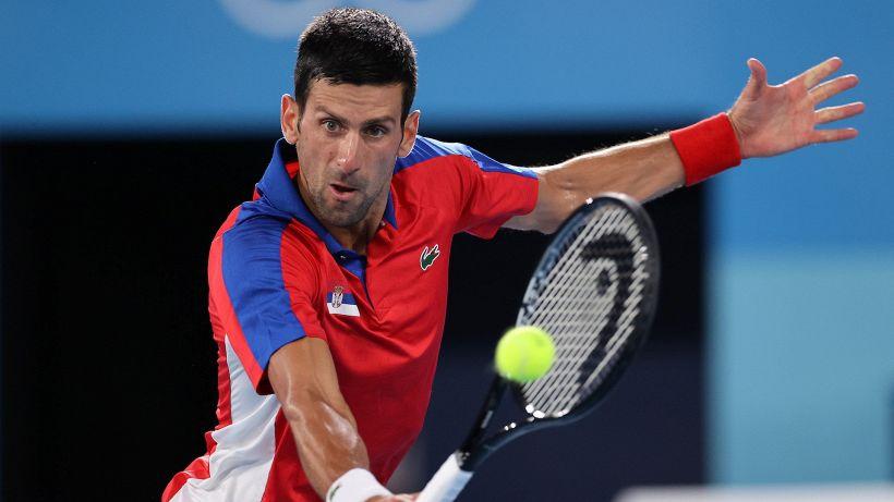 Tokyo 2020: Djokovic facilmente in semifinale, fuori Medvedev