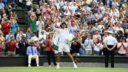 Wimbledon, tutto facile per Djokovic agli ottavi