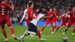 Ombre sul rigore che ha mandato l'Inghilterra in finale: forti proteste danesi