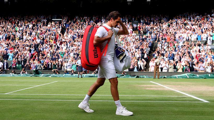 Wimbeldon, si ferma la corsa di Roger Federer: Hurkacz lo annienta in 3 set