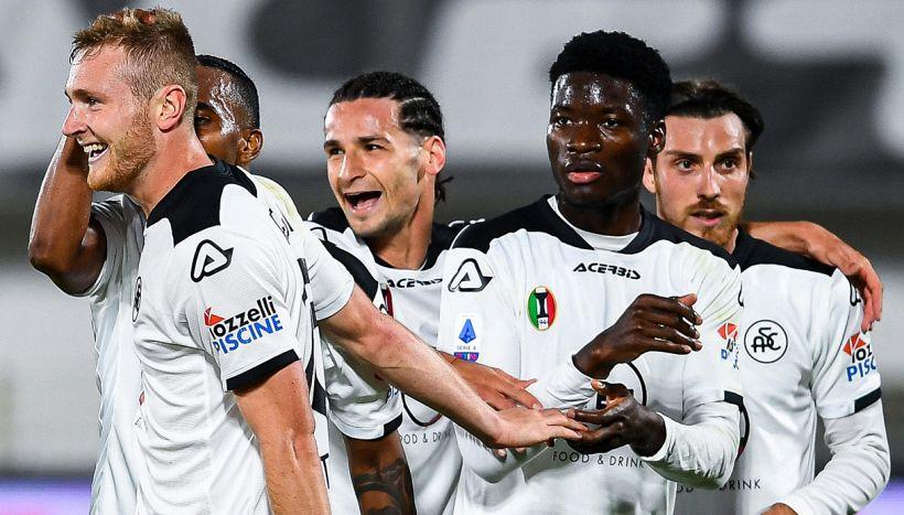 """Covid, focolaio Spezia sale a 11 giocatori: """"Colpa di due no-vax"""""""