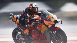 MotoGP, folle Gp d'Austria: vince Binder, Valentino Rossi rinasce