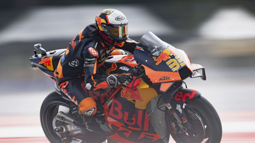 MotoGP, pazzesco GP d'Austria: vince Binder, rinasce Valentino Rossi