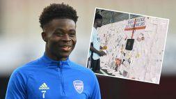 Saka, un muro d'amore dopo gli insulti: la sorpresa dell'Arsenal