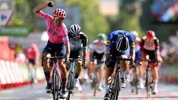 Vuelta Espana: superbo sprint di Cort Nielsen a Cordoba, Bagioli 2°