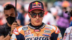 MotoGP, prime libere Silverstone: Marquez primo ma cade, male Rossi