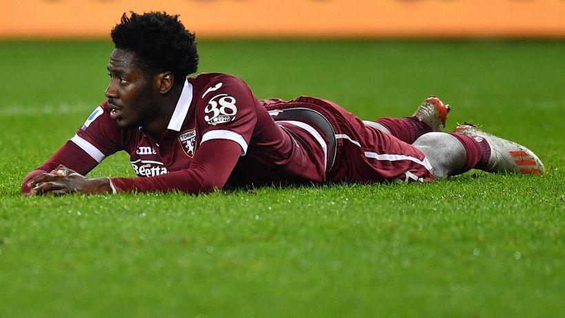 """Ola Aina fischiato, l'esterno del Torino si sfoga su Twitter: """"Haters"""""""
