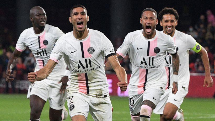 PSG sempre a punteggio pieno, a Metz doppietta di Hakimi