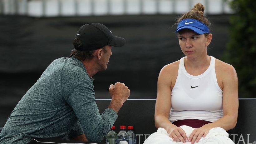 Simona Halep si separa dal suo coach Darren Cahill