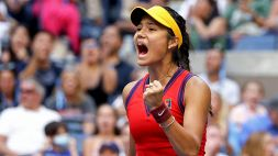 US Open, Emma Raducanu vince lo Slam di New York: sconfitta la Fernandez in 2 set