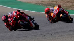 Primo trionfo in MotoGP per Bagnaia, pazzesco duello con Marquez