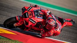 MotoGP, GP d'Aragona: pole di Bagnaia, a picco Valentino Rossi