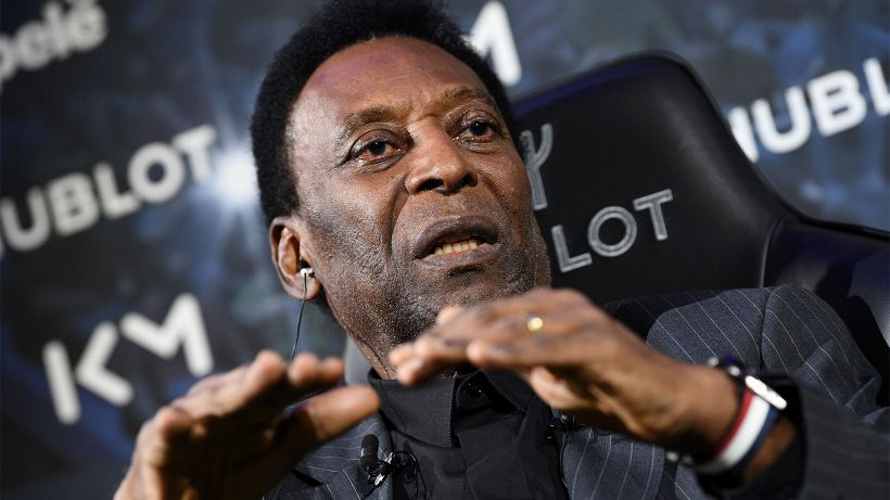 La figlia di Pelé rassicura sulle condizioni della leggenda del calcio