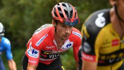 Roglic ha le mani sulla Vuelta. La 20esima a Champoussin
