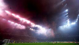 Tifosi Milan e Inter sono d'accordo per una volta: È una zavorra