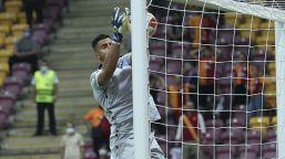 Galatasaray-Lazio 1-0, la clamorosa papera di Strakosha: le foto