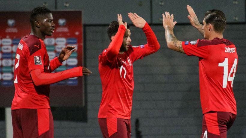 Qualificazioni Mondiali: la Svizzera aggancia l'Italia, triplo Cristiano Ronaldo