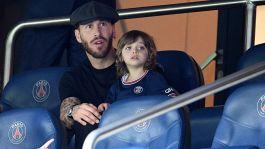 Avvio da incubo per Ramos: zero convocazioni, il PSG valuta l'addio