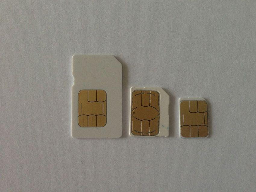 Tagliare la Micro SIM per avere una Nano SIM