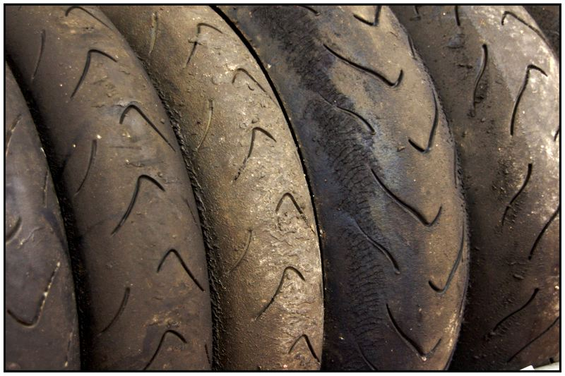 Conoscere gli pneumatici per la moto: è una questione di sicurezza